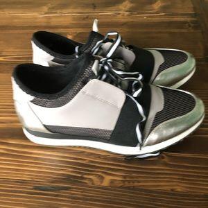 Steve Madden Sporty Antics Sneakers